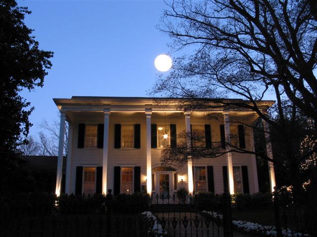 fh-moonlight-magnolias-house.jpg